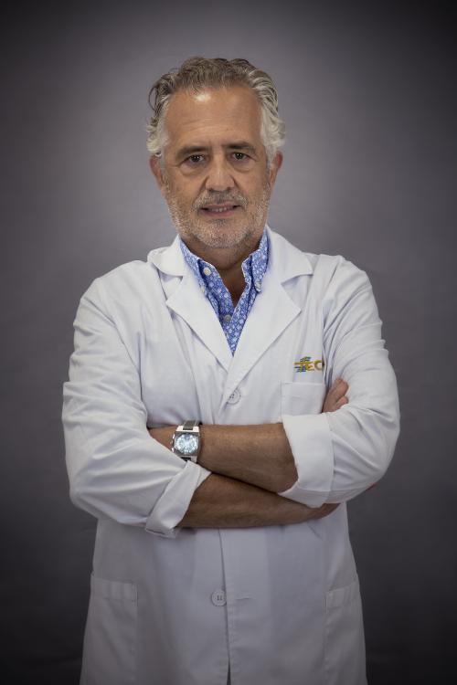 Javier Orts García, de Traumatología y Ortopedia