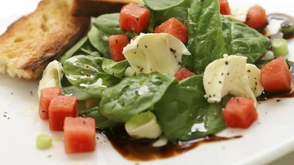 Receta de fruta y verdura para las noches de verano
